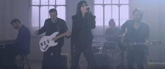 """Efecto Mariposa vuelve con el single y vídeo de """"Qué me está pasando"""""""