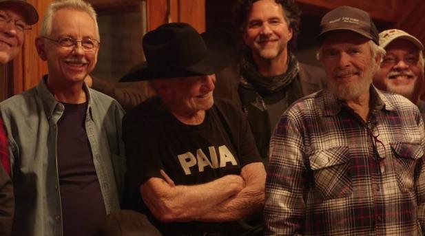 """Willie Nelson y Merle Haggard – """"Django and Jimmie"""" – Mucho más que música Country, descubre cómo se grabó el disco."""
