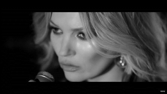 "Kate Moss protagoniza el videoclip de Elvis Presley ""The Wonder Of You"""