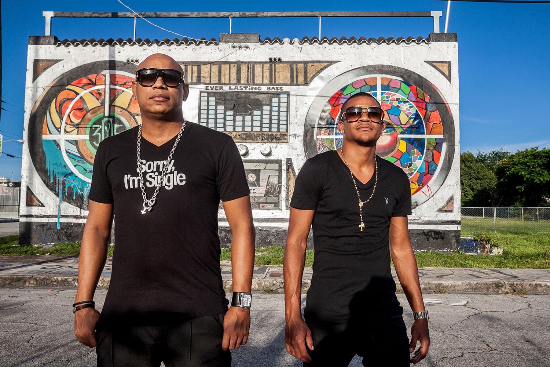 Imagen de Gente de Zona músico del género Latino activo en Los 2000s