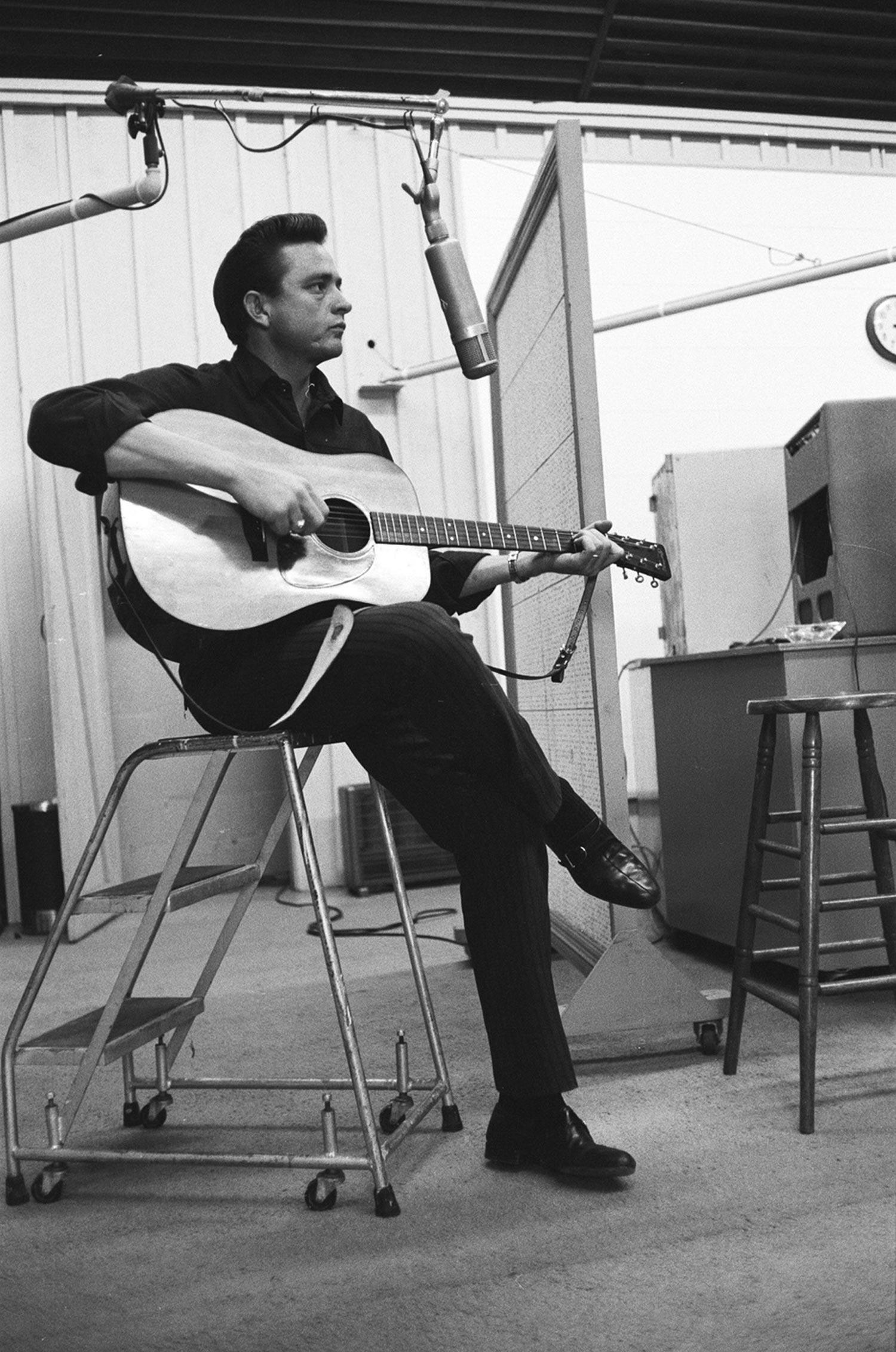 Imagen de Johnny Cash músico del género Country activo en Los 60s