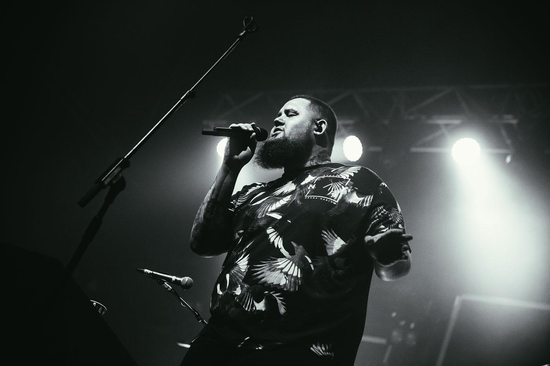 Imagen de Rag'n'Bone Man músico del género Soul / R&B activo en Los 2010s