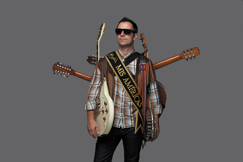 Imagen de Kevin Johansen músico del género Trópico Sonoro activo en Los 90s