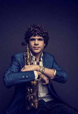 Antonio Lizana agota las entradas para su primer concierto del año en Madrid y añade un nuevo pase