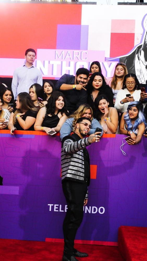 Anuel AA se alza como máximo ganador en la noche de los Latin American Music Awards