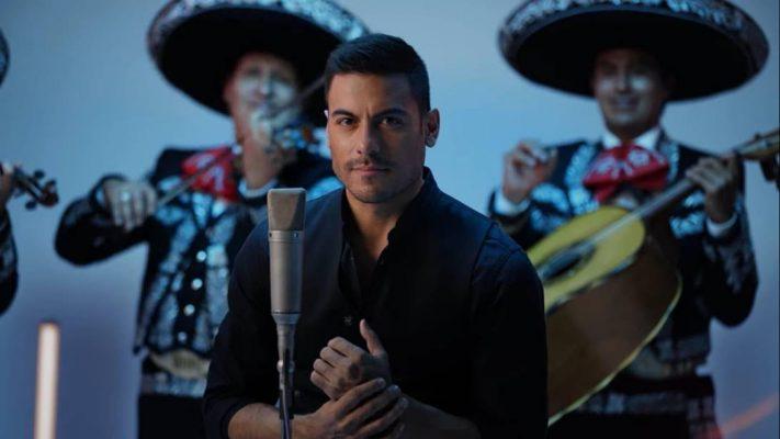 """Carlos Rivera y Maluma unen su talento en el single y vídeo """"100 años"""""""