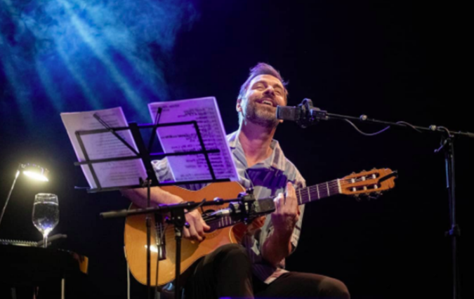 "Kevin Johansen brilla en España con su ""Vecino Tour"""