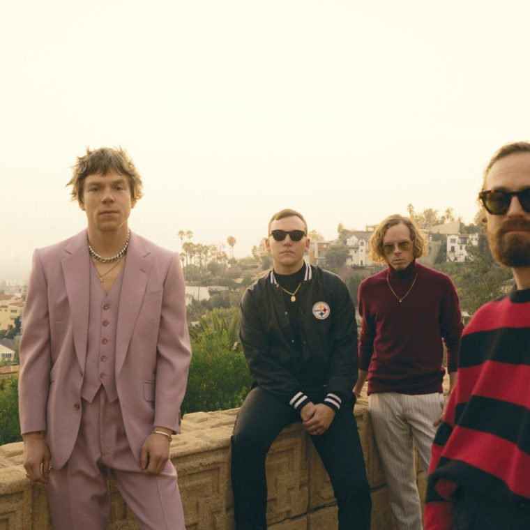Cage-the-Elephant-DSC05466-Neil-Krug-1920×989
