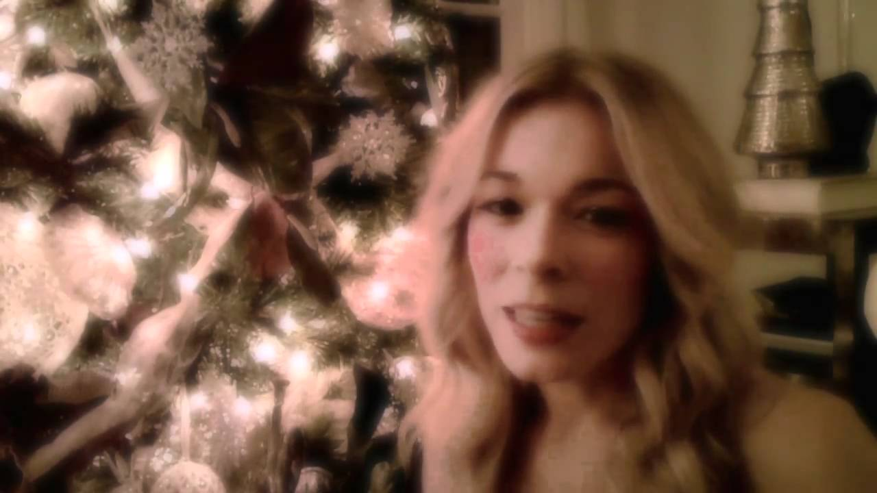 LeAnn Rimes - Have Yourself A Merry Little Christmas (Official ...