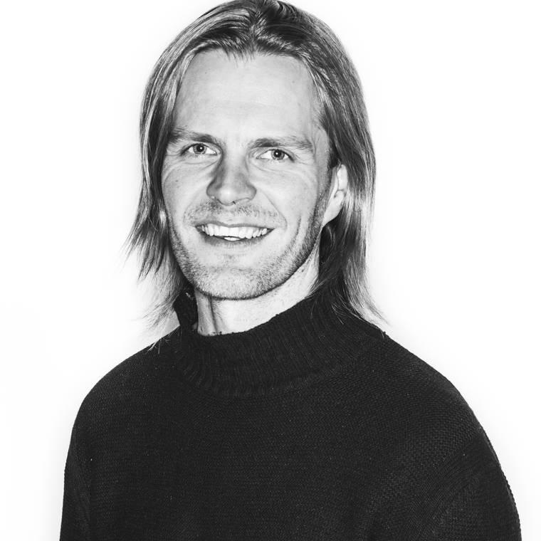 Olli Halonen portrait bw1 highres