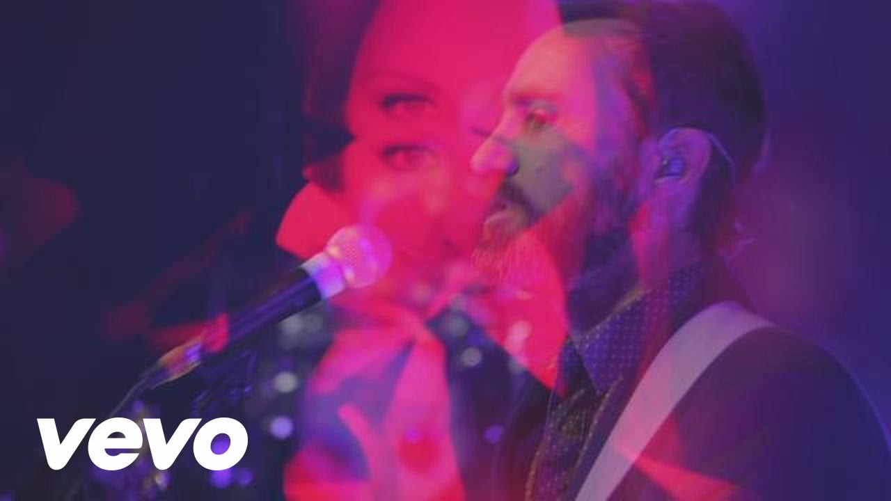 Broken Bells - Holding On for Life (Live at Fonda)