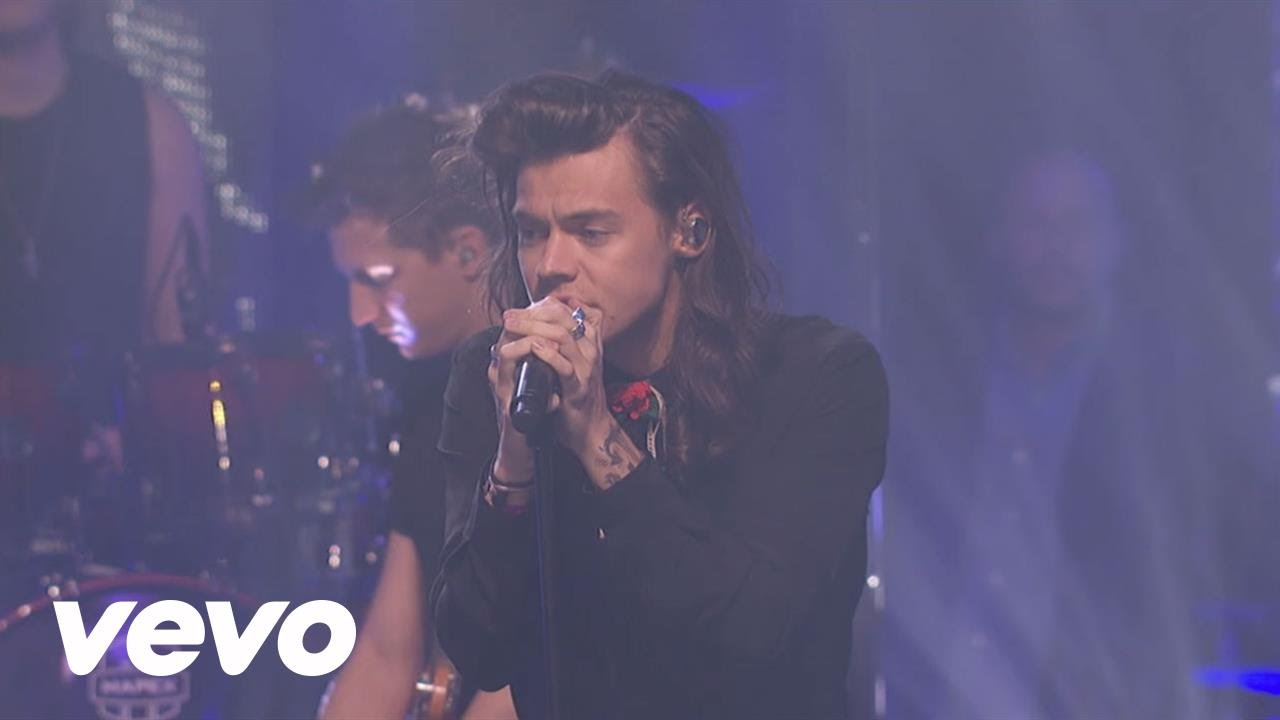 One Direction - Perfect (Live at New Year's Rockin Eve)