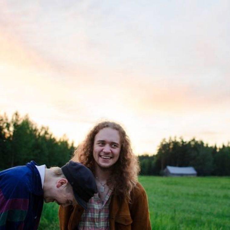 Henkka & Mathias – Pieniä lauluja kesämökiltä