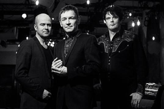 Ile Kallio Big Rock Band luottaa edelleen perusasioihin – uusi levy Right Now ulkona tänään!