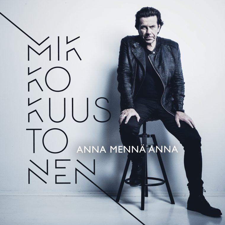 Mikko Kuustonen julkaisee maaliskuussa uuden sooloalbumin kymmenen vuoden tauon jälkeen