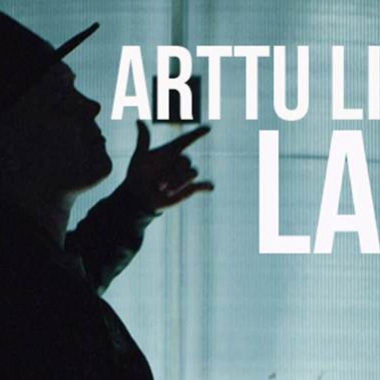 Arttu Lindemanilta uusi musiikkivideo Lapioin-sinkulle