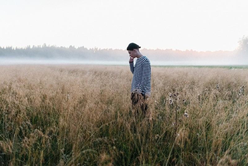 """Axel Kala hyökkää suomiräpin uuden aallon eturiviin debyyttisinglellään """"Ei tunteita"""""""
