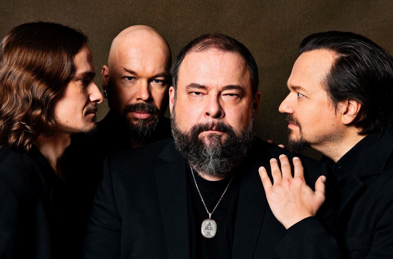 Kuudennentoista albuminsa julkaisevaa CMX-yhtyettä ajaa yhä uteliaisuus ja halu ylittää rajoja