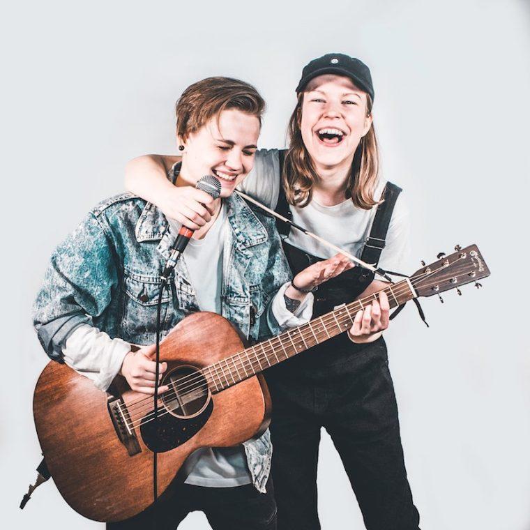 """Sitku-yhtyeen uusi single """"Sitku Anthem"""" muistuttaa hetkessä elämisen tärkeydestä"""