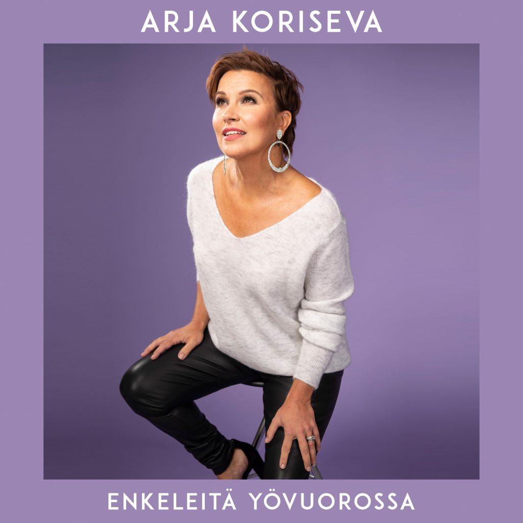 Arja Koriseva valmistautuu 30-vuotistaiteilijajuhlaan