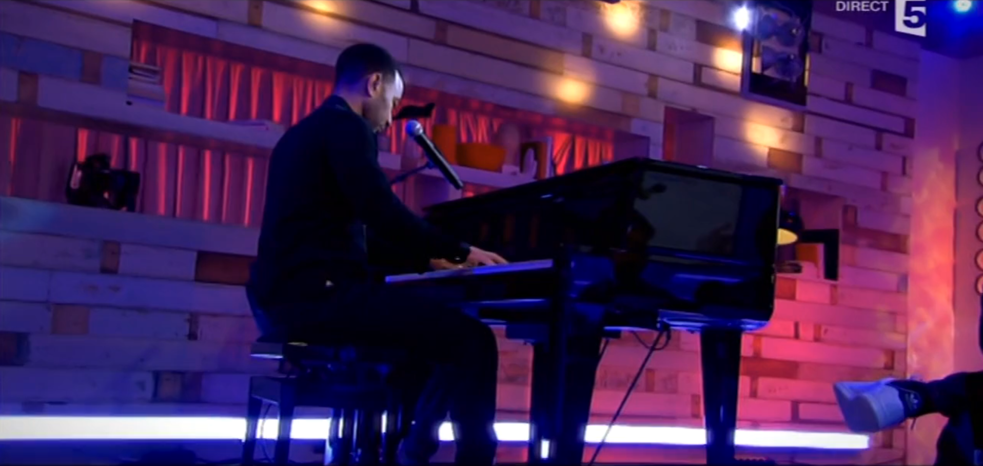 All Of Me | Live at C à vous