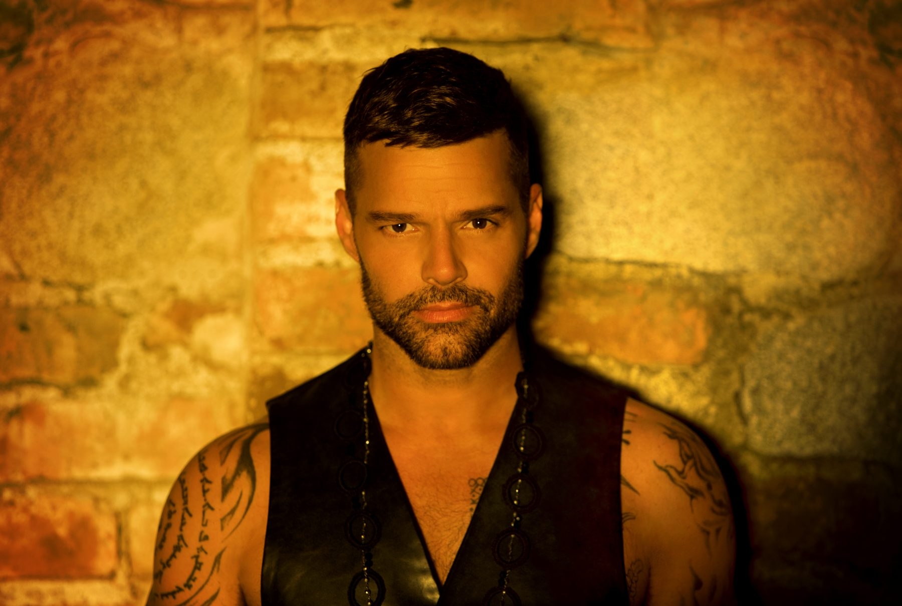 RickyMartin_MainProfile_2018