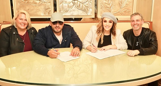 JENNI RIVERA ENTERPRISES firma acuerdo mundial de distribución con SONY MUSIC LATIN Y THE ORCHARD