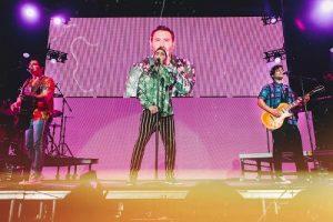 """El sencillo de REIK feat. MALUMA """"AMIGOS CON DERECHOS"""" es certificado disco doble platino en los Estados Unidos"""