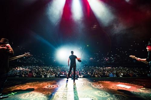 RICARDO ARJONA cumple el deseo de millones de seguidores lanzando su exitoso y alucinante CIRCO SOLEDAD EN VIVO