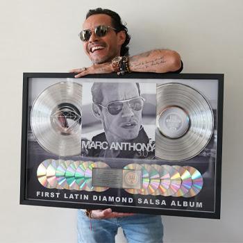 MARC ANTHONY Recibe Disco de Diamante de la RIAA por su álbum 3.0, El primer álbum de Salsa en lograr esta hazaña.