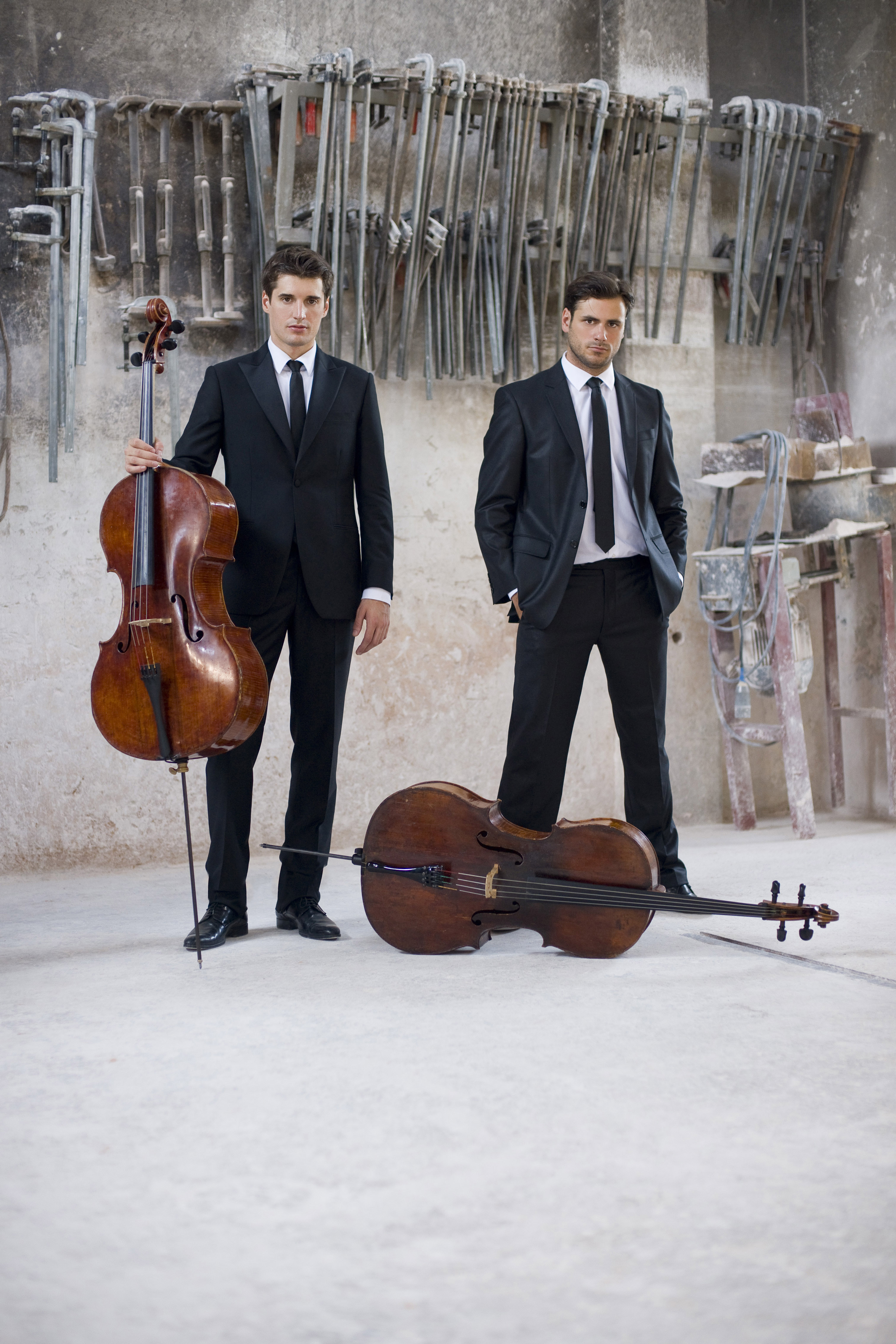 Luis Fonsi and Daddy Yankee's Global Hit Despacito Gets the 2CELLOS Treatment! Watch here!