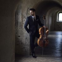 "HAUSER DEBUTS MUSIC VIDEO FOR HIS RENDITION OF MOZART'S ""CONCERTO FOR CLARINET"" Image"