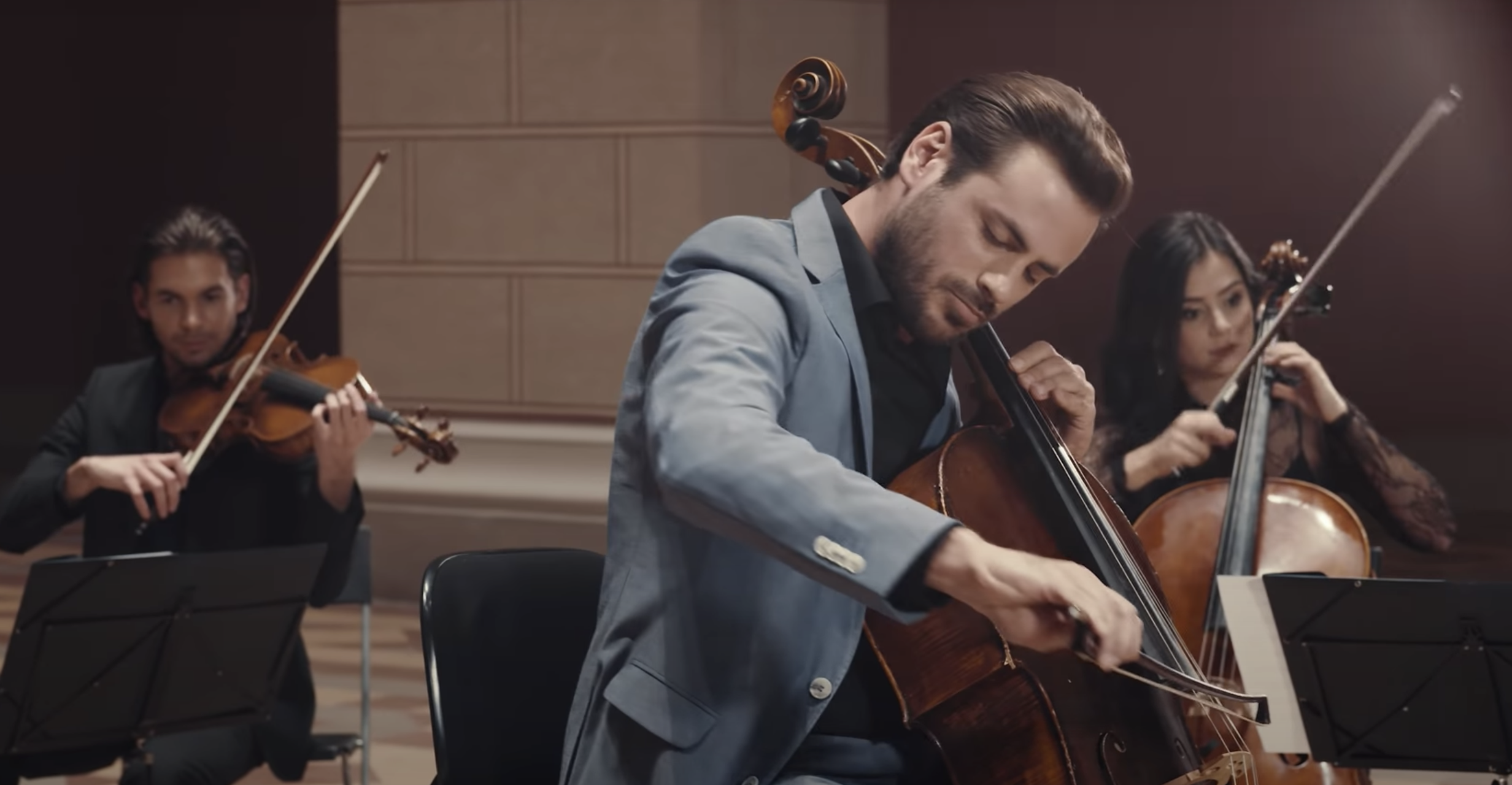 "HAUSER DEBUTS NEW MUSIC VIDEO FOR HIS RENDITION OF MOZART'S ""PIANO CONCERTO NO. 21"""