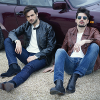 """2CELLOS SHARE NEW SINGLE & VIDEO FOR """"CRYIN'"""" Image"""