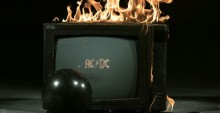 """AC/DC pokazują klip do nowego singla """"Play Ball"""""""