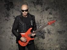 Joe Satriani na specjalnym występie z okazji setnej rocznicy urodzin twórcy gitary Les Paul!