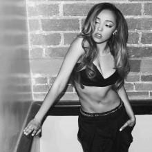 "Tinashe publikuje teledysk do singla  ""Cold Sweat"""