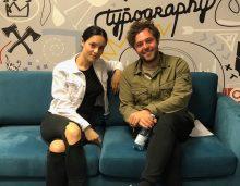 AronChupa i Little Sis Nora w biurze Sony Music Poland. Sprawdź, kto kogo zna lepiej!
