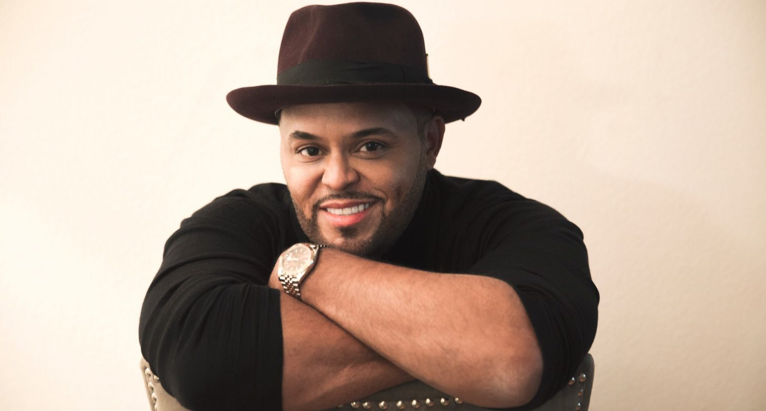 Israel Houghton picture