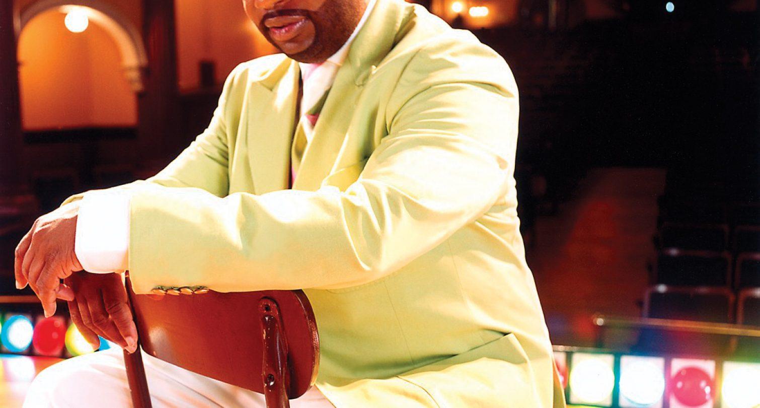 Hezekiah Walker picture