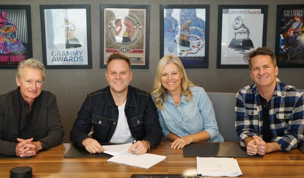 Matthew West, The Multi-Award Winning Singer, Songwriter, Author, And Storyteller Signs With Provident Label Group/Sony Music thumbnail