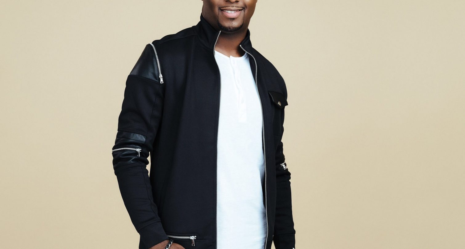 Micah Stampley picture