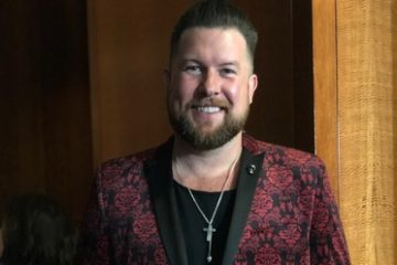 2018 GRAMMY AWARD® WINNER ZACH WILLIAMS WRAPS THE YEAR WITH ANOTHER GRAMMY NOMINATION, HIS THIRD IN THREE YEARS thumbnail