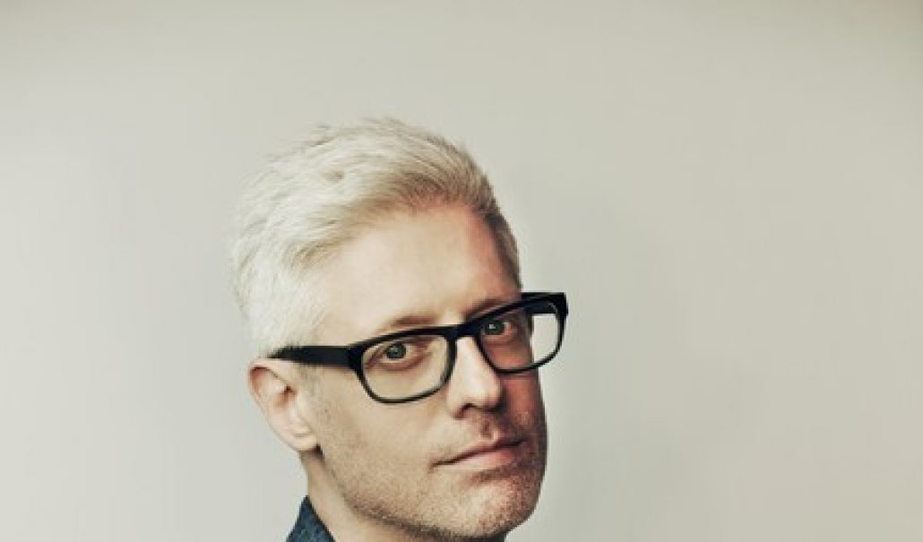 "MATT MAHER'S ""ALIVE & BREATHING"" MAKES ROLLING STONE MAGAZINE'S TRENDING 25 CHART; ""Alive & Breathing"" Is Third Fastest-Rising Song This Week Among All Genres thumbnail"