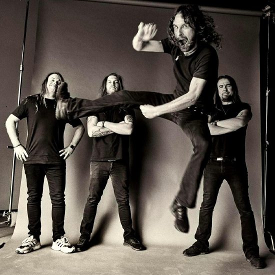 Airbourne Photo 550×550