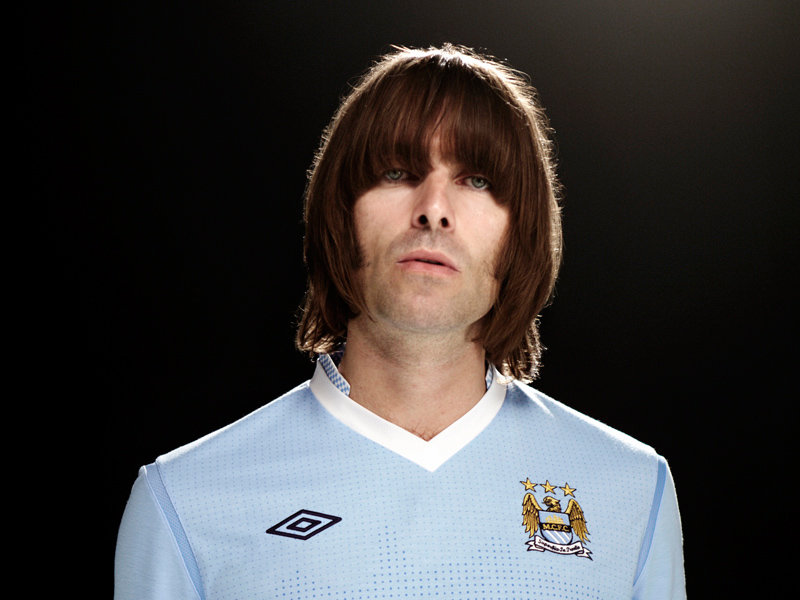 Liam-Gallagher-Manchester-City-Home-Kit-2011-_2622514