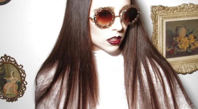 Allie X lanza nuevo single pocos días después de anunciar que viene a Marvin 2016