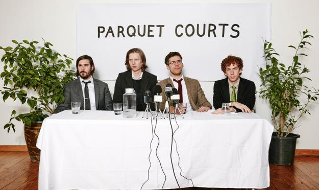 Berlín se pone borrosa en el nuevo video de Parquet Courts