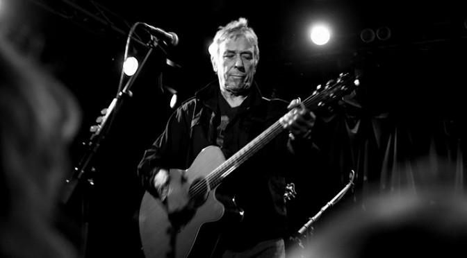 El ex Velvet Underground, John Cale, ofrece noche mágica en París