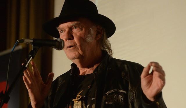 ¿Qué tal la presentación del nuevo disco de Neil Young?